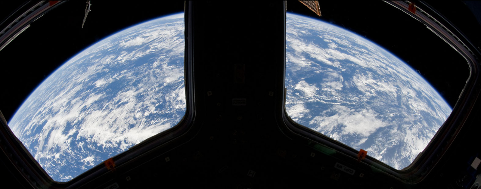 Astronaut Photography of Earth ISS Cupola 2014.png