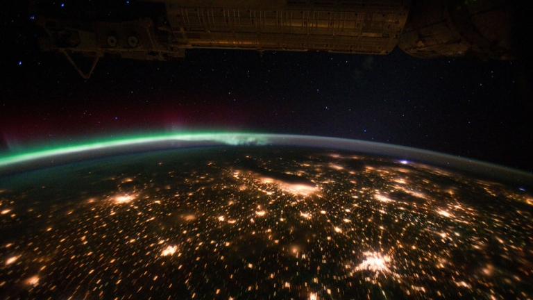 Aurora at night from the ISS 768x432.jpg