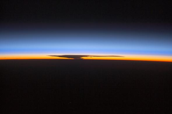 Earth atmosphere ISS October30,2014.jpg