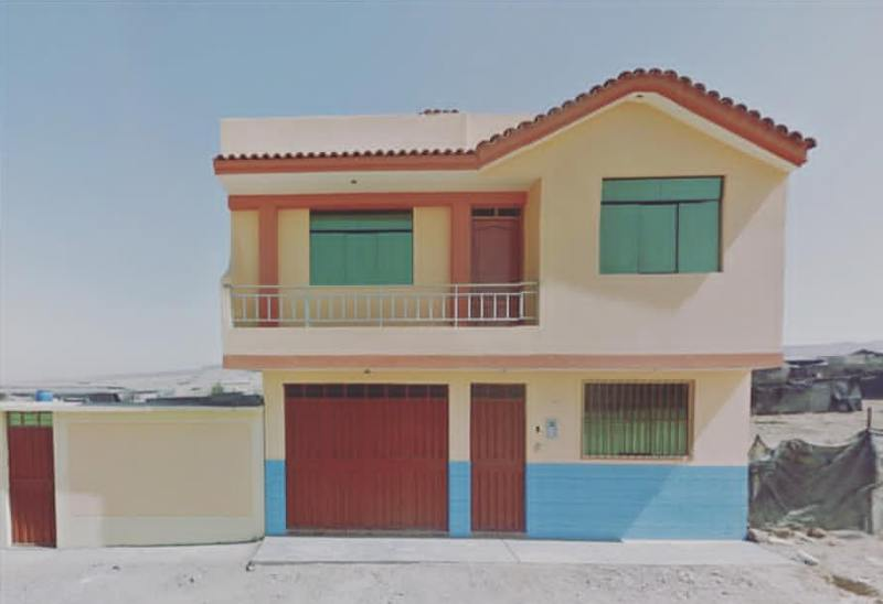 House in Tacna Peru.jpg
