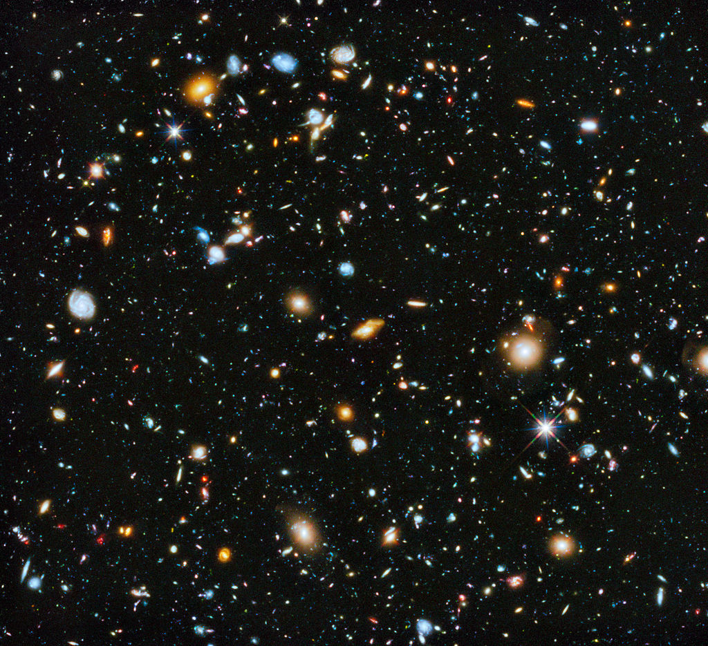 Hubble Ultra Deep Field 2014-20140603 NASA-HS201427a-.jpg