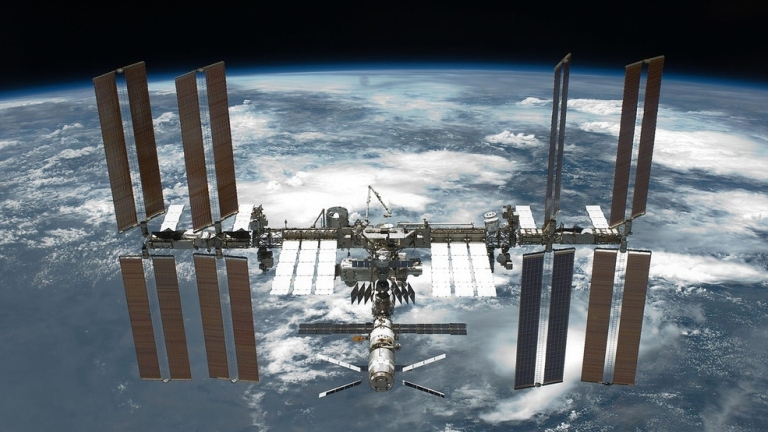 ISS over the horizon 768x432.jpg