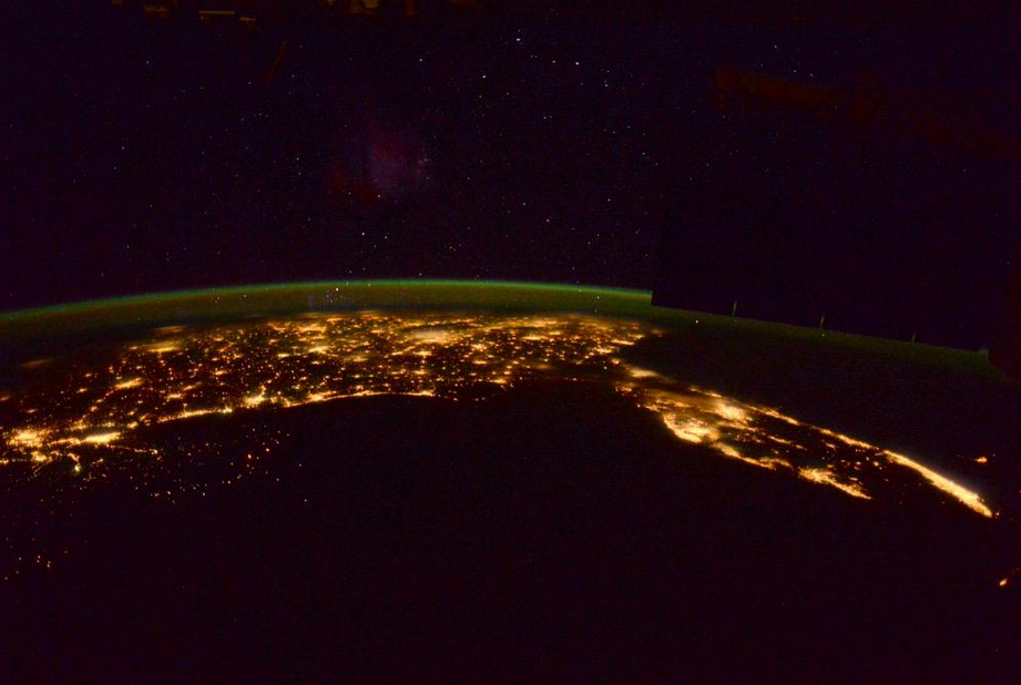 NewOrleans to Florida w NorthernLights courtesy of AstroTerry May24,2015.png