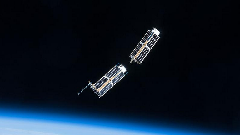 Planet Labs Two Doves March2015.png