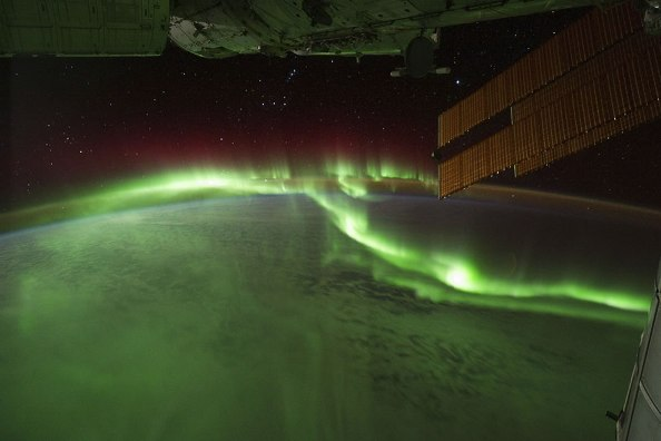 View-of-Aurora-from-ISS m.jpg