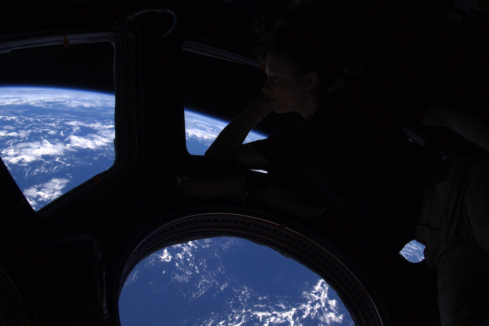 Wheelock image of Astro Tracy, her view out of the Cupola ISS 9.26.2010.jpg